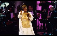 Aretha-Franklin-Here-We-Go-LIVE-1998